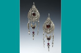 Earrings | Silver with Red Garnet