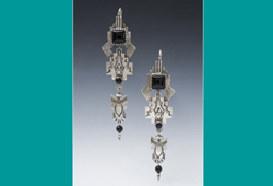 Earrings | Silver with Onyx